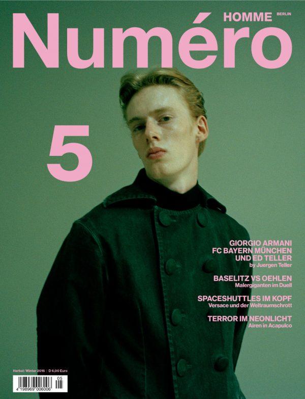 Numero-Homme-Berlin-5_-Trends_Burberry-Special-4